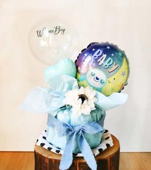 【出産祝い】カスミ草ミニバンチ付き Welcome Boy おむつケーキ【送料込み】