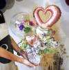 結婚式おしゃれな受付に★お名前入りアネモネのバルーンフラワーアレンジ
